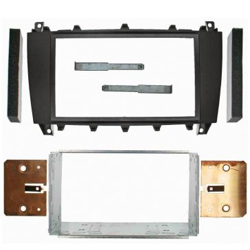 Caratec Install Doppel-DIN-Blende für Mercedes-Sprinter (Quad Lock)